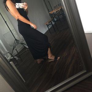 Dresses & Skirts - Black Knot Maxi Skirt